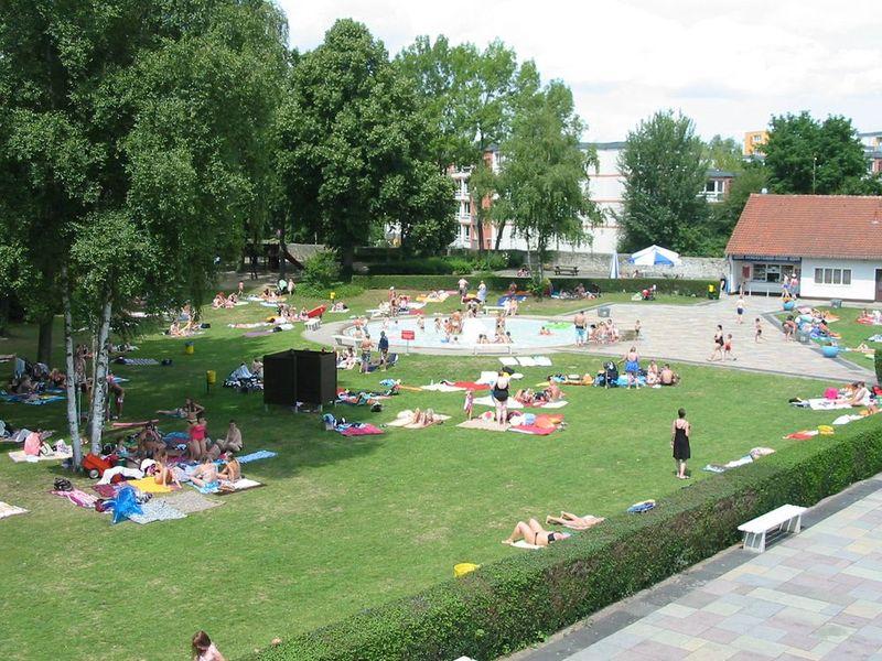 Liegewiese Freibad